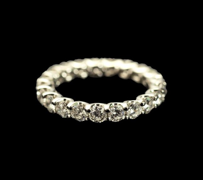 Diamond-Eternity-Rings